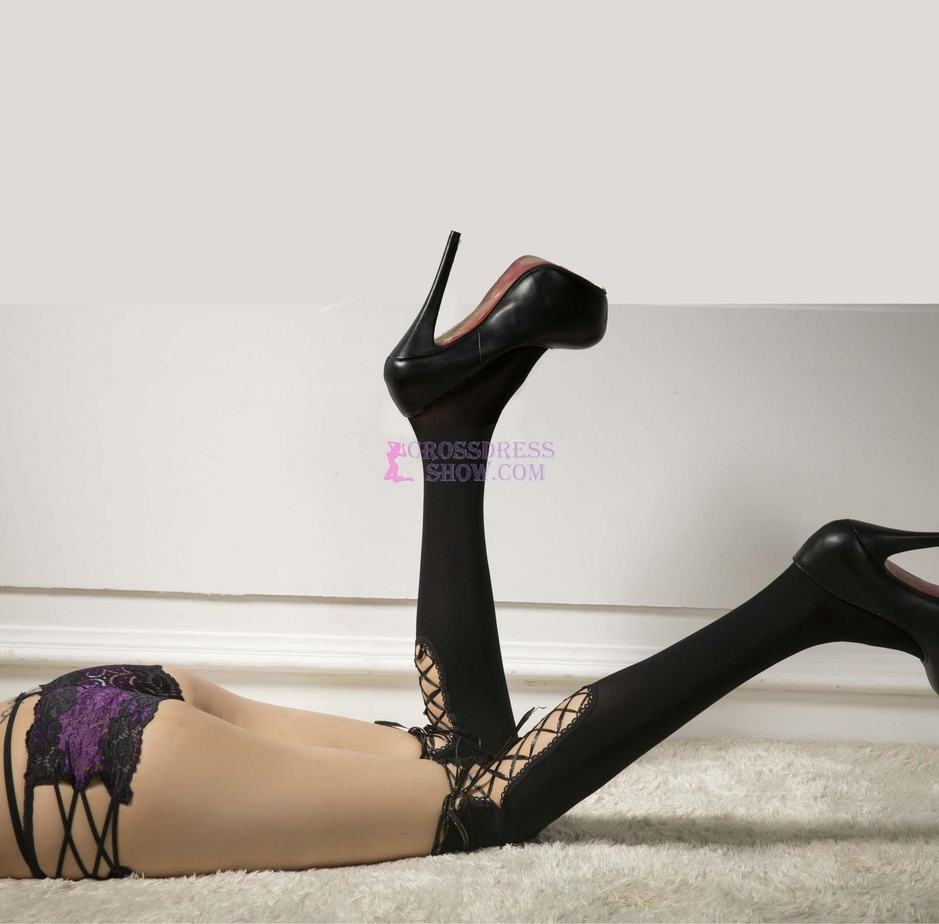 4168 New Long Strap Velvet Stockings