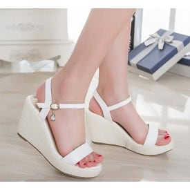 3 Inch Sudent Sandals